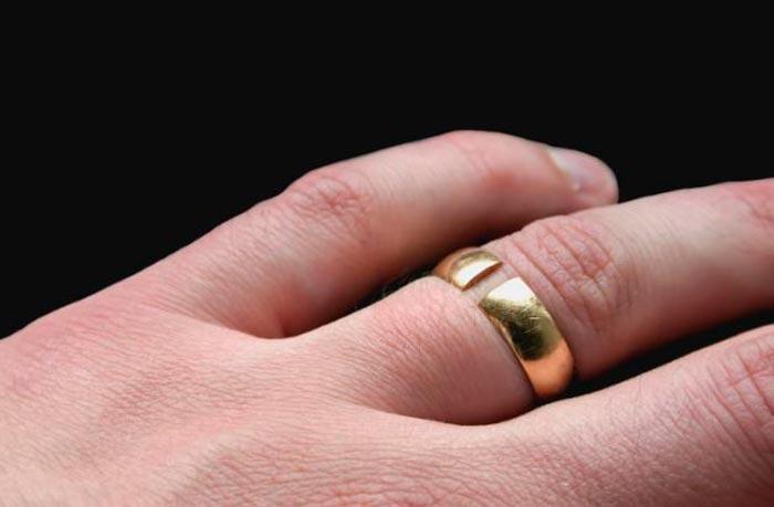 носить сломаное кольцо