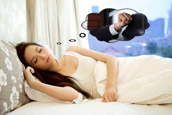 стук во сне